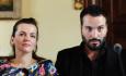 Zpěváci Marta Jandová a Václav Noid Bárta vystoupili 5. května v rezidenci rakouského velvyslanectví v Praze na tiskové konferenci k 60. ročníku hudební soutěže Eurovision Song Contest.