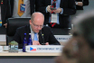 PM Sobotka offers Czech experts' help at nuclear summit