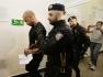 Nizozemský ministr zahraničí se za útočníky z Prahy stydí