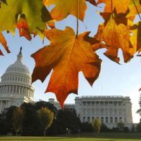 Kapitol a Sněmovna reprezentantů ve Washingtonu.