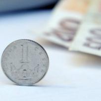 České koruny, bankovky, mince, peníze - ilustrační foto.