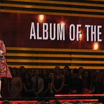 Ilustrační foto - Zpěvačka Adele na slavnostním ceremoniálu udílení amerických hudebních cen Grammy.
