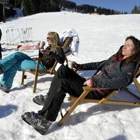 Ilustrační foto - Slunečné zimní počasí na horách - ilustrační foto.