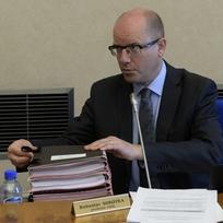 Premiér Bohuslav Sobotka na zasedání vlády 3. června v Praze.