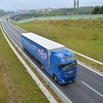 Ilustrační foto - Kamion na dálnici. Ilustrační foto.