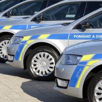 Ilustrační foto - Předání nových policejních vozů Škoda Octavia za účasti policejního prezidenta Tomáše Tuhého se konalo 2. listopadu v Mladé Boleslavi. Policejní automobily, vozy, policie - ilustrační foto.