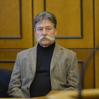 Obvodní soud pro Prahu 2 začal 23. listopadu řešit případ podnikatele Luďka Fabingera (vpravo), který je viněn z vyvádění majetku vytunelované společnosti H-System.