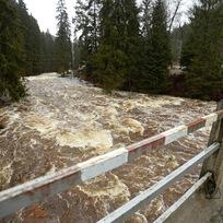 Rozvodněná řeka - ilustrační foto.