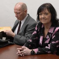 Obvodní soud pro Prahu 1 začal 6. ledna projednávat žalobu právníka Michala Kincla z TOP 09 na komunistickou stranu a její poslankyni Martu Semelovou (vpravo) za výroky, kterými se Semelová vyjadřovala k Miladě Horákové či k invazi vojsk z roku 1968.