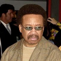 Ve věku 74 letech zemřel Maurice White (na snímku z roku 2003), zakladatel a zpěvák americké popové skupiny Earth, Wind & Fire.