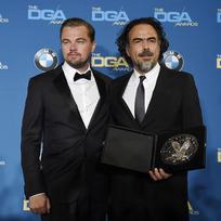 Mexický režisér Alejandro González Inárritu (vpravo) a americký herec Leonardo DiCaprio.