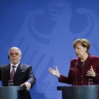Německá kancléřka Angela Merkelová (vpravo) a irácký premiér Hajdar Abádí.