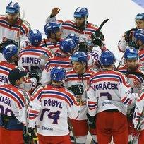 Hokejové utkání seriálu Euro Hockey Tour: ČR - Rusko, 11. února v Třinci. Čeští hráči se radují z vítězství.
