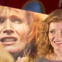 Představitelka Elišky Aňa Geislerová 12. února v pražském kině Cinestar Anděl pózuje pro fotografy po novinářské projekci filmu Polednice režiséra Jiřího Sádka.