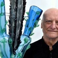 Výtvarník, architekt a designér Bořek Šípek (na archivním snímku z 6. září 2015) zemřel 13. února ve věku 66 let. Za prezidenta Václava Havla byl hradním architektem.