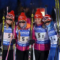 České biatlonistky vyhrály v americkém Presque Isle štafetu Světového poháru, poslední závod před mistrovstvím světa. Zleva Eva Puskarčíková, Gabriela Soukalová, Lucie Charvátová a Veronika Vítková.