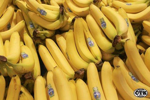 http://i3.cn.cz/1173953991_banany-chicquita.jpg