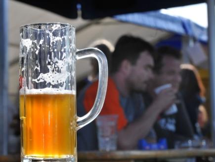 Pivo, půllitr - ilustrační foto.