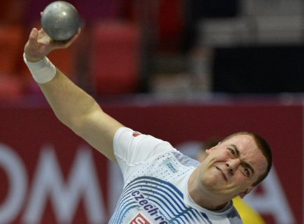 Český koulař Ladislav Prášil vybojoval na halovém mistrovství Evropy v atletice v Göteborgu bronzovou medaili.