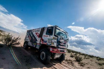 Rallye Dakar - 8. etapa (Salta - Belén, 766 km), 11. ledna v Argentině. Český závodník Jaroslav Valtr s kamionem Tatra.