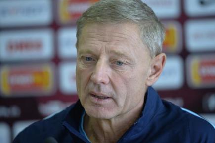 Trenér fotbalistů Sparty Zdeněk Ščasný na tiskové konferenci.