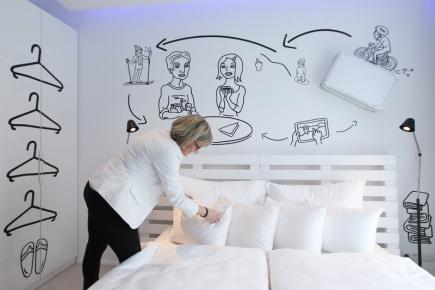 Pytloun Grand Hotel Imperial v Liberci otevřel 28. dubna řadu designových pokojů, z nichž každý vytvořil jeden architekt či architektonické studio. Na snímku pokoj s názvem Graphic.