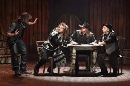 Zkouška muzikálu Limonádový Joe aneb Koňská opera v režii Petra Gazdíka 18. října v Městském divadle Brno.