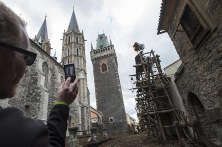 V ulicích Kolína vyrostly kulisy pro německý historický film s pracovním názvem Nebe a peklo - Martin Luther.