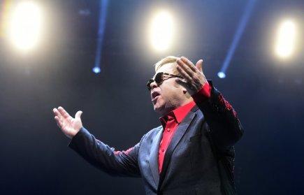 Britský zpěvák Elton John vystoupil 26. listopadu v Praze.