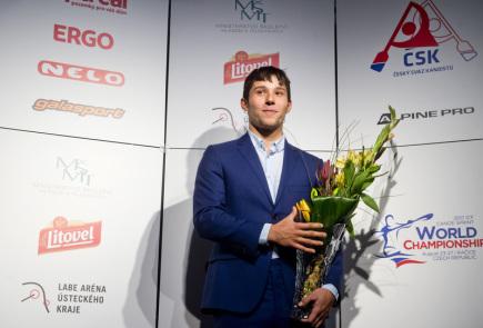 Slavnostní vyhlášení nejúspěšnějších sportovců Českého svazu kanoistiky (ČSK) za rok 2016 se uskutečnilo 10. ledna v Praze. Vodní slalomář Jiří Prskavec (na snímku) obsadil ve společné anketě rychlostních kanoistů a vodních slalomářů druhé místo.