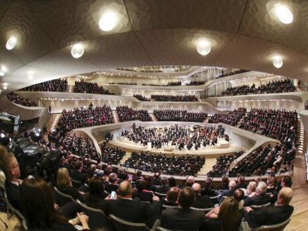 Nová budova Labská filharmonie v Hamburku.