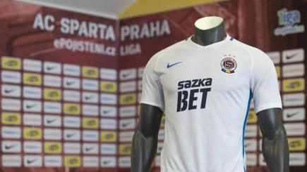 Novým generálním partnerem fotbalistů Sparty se stala sázková společnost Sazka Bet, spadající do portfolia Sazky. Její logo budou mít hráči v jarní části sezony na dresech, jejichž podobu představil klub AC Sparta Praha 13. února v Praze.