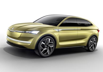 Škoda Auto plánuje, že bude v roce 2025 prodávat čtvrtinu vozů na elektrický nebo hybridní pohon. K tomu jí má pomoci pět elektromobilů a několik dalších modelů na hybridní pohon kombinující spalovací agregát a elektromotor s dobíjením z elektrické zásuvky (plug in hybrid). Škoda na současném autosalonu v Šanghaji představila koncept prvního elektromobilu Vision E s dojezdem až 500 km a autonomním řízením. Uvedla to dnes v tiskové zprávě.