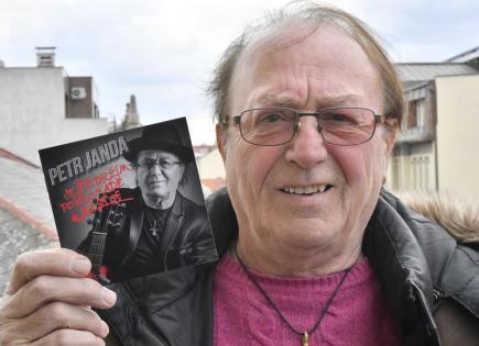 Zpěvák a kytarista skupiny Olympic Petr Janda poskytl 19. dubna rozhovor ČTK u příležitosti svých 75. narozenin a vydání nové sólové kompilace Ještě držím pohromadě.