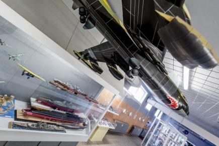 Muzeum papírových modelů (na snímku z 5. května) v Polici nad Metují na Náchodsku připravuje na 12. až 14. května program k pátému výročí otevření, v rámci kterého otevře další výstavní sál.