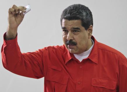 Venezuelský prezident Nicolás Maduro u voleb do Ústavodárného shromáždění.