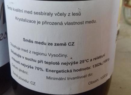 V zahrádkářské kolonii v Sokolnicích na Brněnsku vyráběl muž falšovaný med, který posléze prodával pod fiktivním jménem a identifikačním číslem.