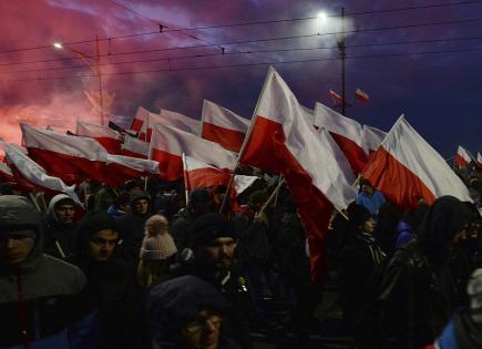 Demonstrace ve Varšavě v den státního svátku nezávislosti.