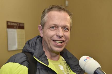 Svědek z vlaku František Petráš u Okresního soudu v Olomouci, který pokračoval 12. února v projednávání případu tragické nehody, při které předloni zemřela dvouletá dívka po pádu z vlaku na Olomoucku.