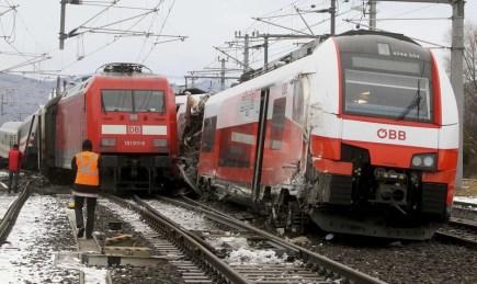 Srážka osobních vlaků  na jihu Rakouska.