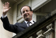 Nov zvolen francouzsk prezident Francois Hollande.