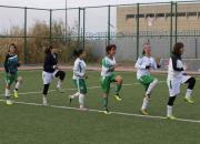 Trénink iráckých fotbalistek.