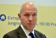 O funkci českého prezidenta se bude v lednových volbách ucházet také bývalý velvyslanec ve Francii Pavel Fischer (na snímku z 20. listopadu 2015).