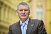 Šéf Asociace obranného a bezpečnostního průmyslu (AOBP) a kandidát na prezidenta Jiří Hynek na snímku pořízeném 12. října 2017 v Praze.
