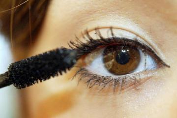 Oko. Pohled. Líčení. Makeup. Ilustrační foto