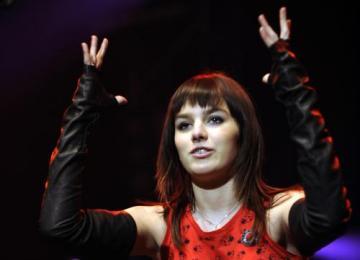Zpěvačka Ewa Farna vystoupila 1. února na vyhlášení cen pátého ročníku RGM Hudebních cen Óčka 2007 v Praze.