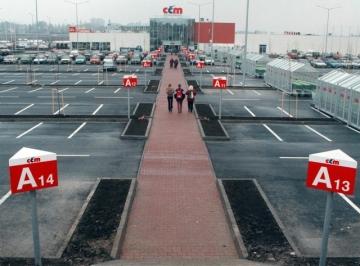 Obchodní centrum Černý Most (CČM).