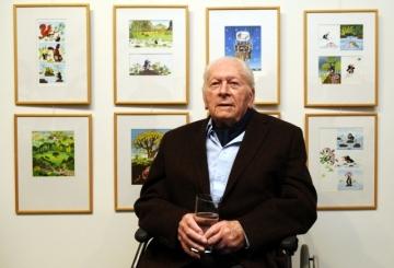 Výtvarník Zdeněk Miler zahájil 21. února v Praze výstavu prezentující jeho celoživotní tvorbu a oslavil své devadesátiny.