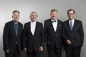 APA acquires stake in new Swiss news agency group KEYSTONE-SDA From left: Markus Schwab, CEO Schweizerische Depeschenagentur (SDA); Hermann Petz, chairman of the management board APA – Austria Presse Agentur; Hans Heinrich Coninx, chairman of the board of directors Schweizerische Depeschenagentur (SDA); Clemens Pig, CEO and a member of the management board of APA Group;  Credit: KEYSTONE/Christian Beutler