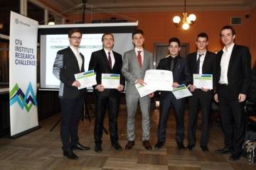 Zleva: Jakub Říha, Michal Petrouš, Ira Saktor, Tadeáš Krejčí, Norbert Skákala a Tomáš Hrbáček za CFA